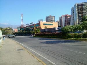 Local Comercial En Ventaen Maracay, Base Aragua, Venezuela, VE RAH: 18-10137