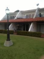 Townhouse En Ventaen Rio Chico, Los Canales De Rio Chico, Venezuela, VE RAH: 18-10193