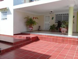 Casa En Ventaen Maracaibo, Santa Maria, Venezuela, VE RAH: 18-10220