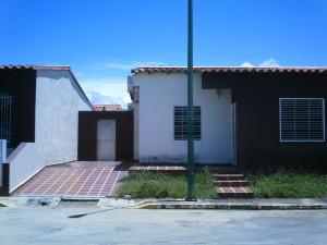 Casa En Ventaen Cabudare, Parroquia José Gregorio, Venezuela, VE RAH: 18-10223