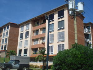 Apartamento En Ventaen Guatire, Sector San Pedro, Venezuela, VE RAH: 18-10237