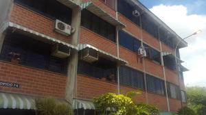 Apartamento En Ventaen Guarenas, Ciudad Casarapa, Venezuela, VE RAH: 18-10266