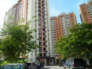Apartamento En Ventaen Valencia, Los Mangos, Venezuela, VE RAH: 18-10402