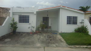 Casa En Ventaen Cabudare, Prados Del Golf, Venezuela, VE RAH: 18-10304