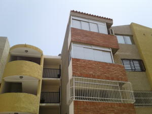 Apartamento En Ventaen Punto Fijo, Las Virtudes, Venezuela, VE RAH: 18-10317