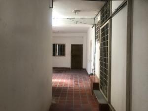 Oficina En Alquileren Maracaibo, Las Mercedes, Venezuela, VE RAH: 18-10521