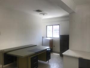 Oficina En Alquileren Maracaibo, Las Mercedes, Venezuela, VE RAH: 18-10525