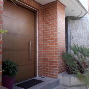 Casa En Ventaen Caracas, Alto Hatillo, Venezuela, VE RAH: 18-10343