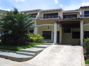 Townhouse En Ventaen Maracay, El Castaño, Venezuela, VE RAH: 18-10344