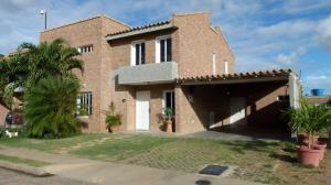 Casa En Ventaen Punto Fijo, Las Virtudes, Venezuela, VE RAH: 18-10355