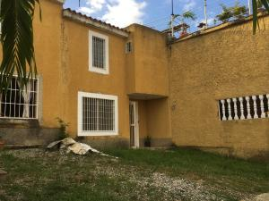 Casa En Ventaen Cua, Villa Falcon, Venezuela, VE RAH: 18-10488