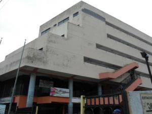Apartamento En Ventaen Municipio Naguanagua, Los Guayabitos, Venezuela, VE RAH: 18-10390