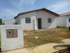 Casa En Ventaen Punto Fijo, Guanadito, Venezuela, VE RAH: 18-11652