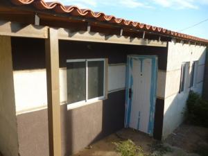 Casa En Ventaen Punto Fijo, Guanadito, Venezuela, VE RAH: 18-10429