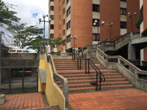 Apartamento En Ventaen Caracas, Lomas Del Avila, Venezuela, VE RAH: 18-10436
