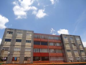 Apartamento En Ventaen Cabudare, La Mora, Venezuela, VE RAH: 18-10466