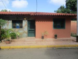 Casa En Ventaen Margarita, El Valle, Venezuela, VE RAH: 18-10544
