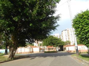 Townhouse En Ventaen Municipio Naguanagua, Tazajal, Venezuela, VE RAH: 18-10549