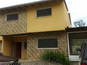 Casa En Ventaen Los Teques, Valle Alto, Venezuela, VE RAH: 18-10589