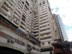 Local Comercial En Ventaen Caracas, Los Dos Caminos, Venezuela, VE RAH: 18-10667