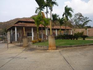 Terreno En Ventaen Valencia, Guataparo, Venezuela, VE RAH: 18-10701