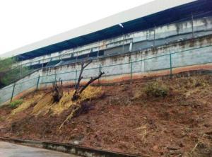 Galpon - Deposito En Alquileren Parroquia Maiquetia, Pariata, Venezuela, VE RAH: 18-10705
