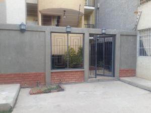 Apartamento En Ventaen Punto Fijo, Las Virtudes, Venezuela, VE RAH: 18-10725