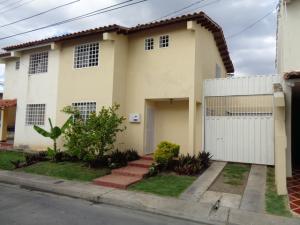 Casa En Ventaen Cabudare, Parroquia José Gregorio, Venezuela, VE RAH: 18-10756