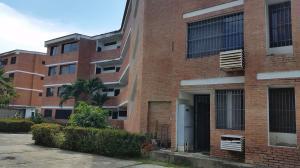 Apartamento En Ventaen Higuerote, Club Campestre El Paraiso, Venezuela, VE RAH: 18-10792