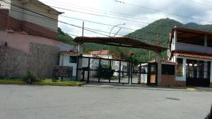Casa En Ventaen Guatire, Valle Arriba, Venezuela, VE RAH: 18-10795