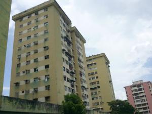 Apartamento En Ventaen Turmero, Zona Centro, Venezuela, VE RAH: 18-10798