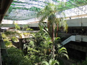Local Comercial En Alquileren Maracaibo, Avenida Bella Vista, Venezuela, VE RAH: 18-10809