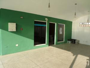 Local Comercial En Alquileren Cabudare, Parroquia José Gregorio, Venezuela, VE RAH: 18-10812