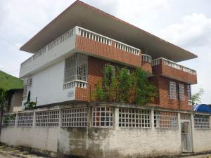 Casa En Ventaen Maracay, Alma Mater, Venezuela, VE RAH: 18-10822