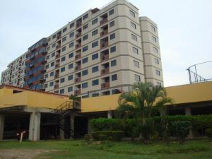 Apartamento En Ventaen Higuerote, Higuerote, Venezuela, VE RAH: 18-10828