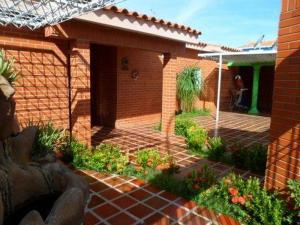 Casa En Ventaen Punto Fijo, Las Virtudes, Venezuela, VE RAH: 18-10843