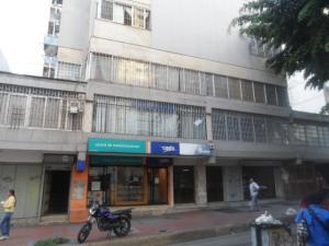 Oficina En Ventaen Caracas, Parroquia La Candelaria, Venezuela, VE RAH: 18-10952