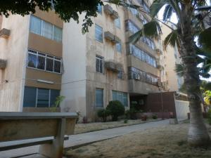 Apartamento En Ventaen Maracaibo, Circunvalacion Dos, Venezuela, VE RAH: 18-10947