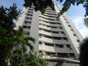 Apartamento En Ventaen Valencia, Valles De Camoruco, Venezuela, VE RAH: 18-10921