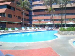 Apartamento En Ventaen Tucacas, Tucacas, Venezuela, VE RAH: 18-10929