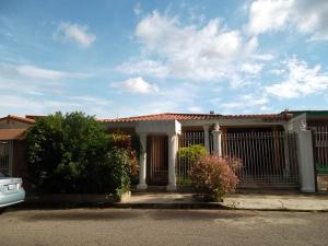 Casa En Ventaen Valencia, Prebo I, Venezuela, VE RAH: 18-11088