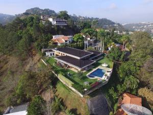 Casa En Ventaen Caracas, Cerro Verde, Venezuela, VE RAH: 18-11027