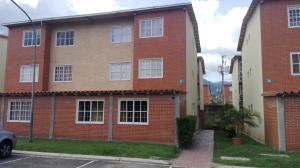 Apartamento En Ventaen Guatire, Alto Grande, Venezuela, VE RAH: 18-11064