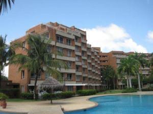 Apartamento En Ventaen Rio Chico, Los Canales De Rio Chico, Venezuela, VE RAH: 18-11069