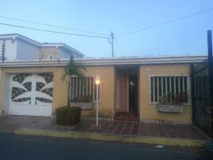 Casa En Ventaen Maracaibo, La Floresta, Venezuela, VE RAH: 18-11090