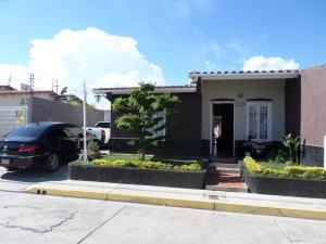 Casa En Ventaen Cabudare, Los Samanes, Venezuela, VE RAH: 18-11098