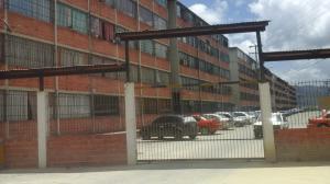 Apartamento En Ventaen Guarenas, Los Naranjos, Venezuela, VE RAH: 18-11155