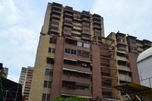Apartamento En Ventaen Caracas, Parroquia Santa Rosalia, Venezuela, VE RAH: 18-10983