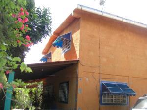 Casa En Ventaen Cabudare, Parroquia Agua Viva, Venezuela, VE RAH: 18-11161