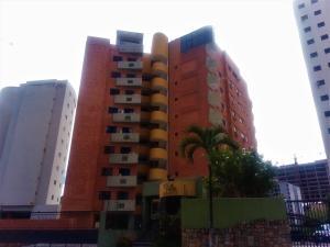Apartamento En Ventaen Valencia, Los Mangos, Venezuela, VE RAH: 18-11179